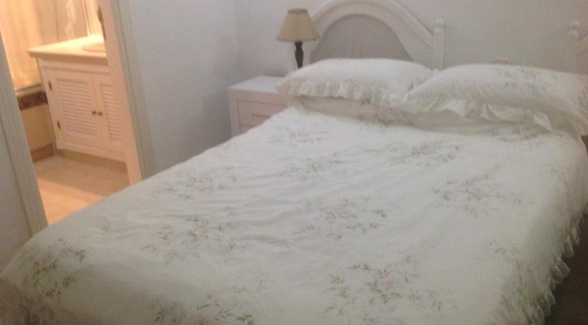 Bedroom 2 to en suite
